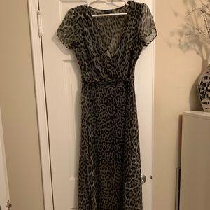 Maxi/midi dress with dark olive animal print